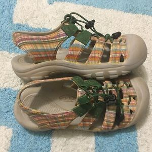 KEEN Youth Girls Sunsport Waterproof Plaid Sandals